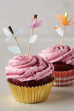Festive Cupcake Kit - anthropologie.com #anthroregistry