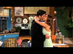 F.R.I.E.N.D.S- BLOOPERS- behind the scenes! - YouTube