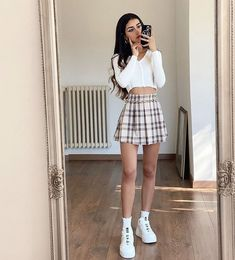 Teen Fashion Outfits, Retro Outfits, Girly Outfits, Cute Casual Outfits, Fall Outfits, Cute Fall Fashion, Look Fashion, Korean Fashion, Cute Skirt Outfits