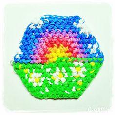 @creation_jade_b Bon ben on peut dire que c'est raté :D #rainbowloom#loomigurumi#rainbow  16   68