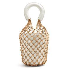 10 весенних сумок в светлой гамме от 3 до 20 тысяч рублей | Журнал Harper's Bazaar