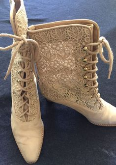 Victorian Stuart Weitzman Tan Leather Amp Lace Stack Heel Lace Up Boots Size 6 B   eBay
