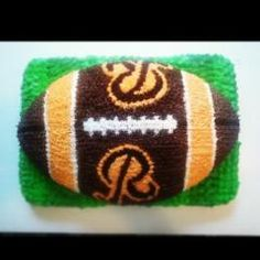 It's not even our birthday but we want this cake Football Birthday Cake, Boss Birthday, Dad Birthday Cakes, Birthday Ideas, Redskins Cake, Redskins Football, Doug Williams, Red Skin, Beautiful Cupcakes