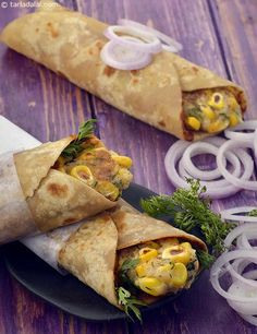 Potato and Corn Rolls recipe, aloo corn rolls, Makai frankie recipe The kathi roll is a boon to Indians! We can think of it as the desi answer to sandwiches, wraps , rolls and other convenient o Sweet Potato Recipes Healthy, Corn Recipes, Vegetarian Recipes, Cooking Recipes, Healthy Recipes, Recipies, Cooking Ideas, Bread Recipes, Food Ideas
