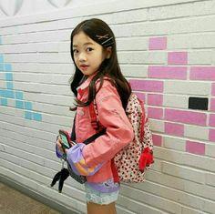 Beautiful Children, Beautiful People, Most Beautiful, Na Haeun, Kids Jordans, Children Photography, Ulzzang, Cute Girls, Eye Candy