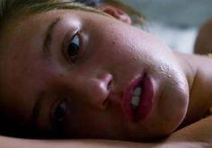 Adèle Exarchopoulos signe un retour sensuel avec le film « Orpheline »