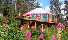 Hybrid yurt (© Yurts of Hawaii)