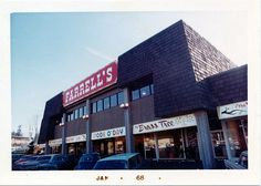Farrell's Ice Cream - Raleigh Hills (Portland) Oregon. 1968.