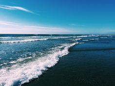 sunnyruth. // the Pacific Ocean.