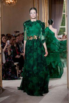 La sfilata di #GiambattistaValli, Haute Couture Autunno Inverno 2012/2013, all''hotel #crillon #Parigi.