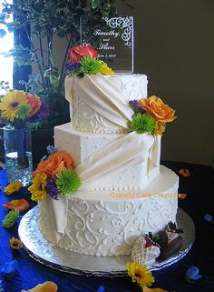 Design Wedding Cakes and Toppers: Elegant Wedding Cake Pictures . W/o the sash/ribbon Ivory Wedding Cake, Wedding Cake Fresh Flowers, Elegant Wedding Cakes, Beautiful Wedding Cakes, Beautiful Cakes, Amazing Cakes, Orange Wedding, Fondant Cakes, Cupcake Cakes