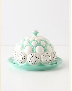 Ooo, pretty. I'm pretty sure I need this butter dish.  Anthropologie l