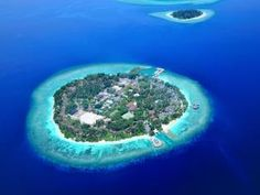 Bandos Island Resort & Spa from Maldives holidays specialists Tropic Breeze Maldives Tour, Maldives Resort, Resort Spa, Maldives Islands, Maldives Vacation Packages, Maldives Holidays, Small Luxury Hotels, Romantic Getaways, Europe