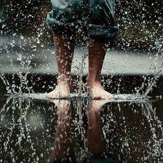 rainy, barefoot, yes
