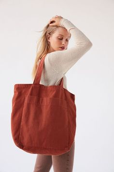 Sacs Tote Bags, Cotton Tote Bags, Large Tote Bags, Ropa Upcycling, Types Of Handbags, Urban Outfitters Clothes, Buckle Outfits, American Eagle Outfits, Teen Girl Outfits