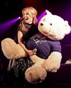 da7e1417b81ffd It is just a microphone – Winning a teddy bear is always a great prize