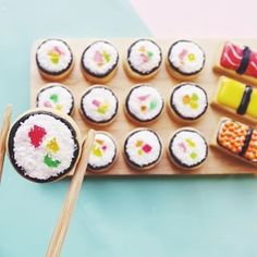 This coconut shushi. | 18 Insanely Clever And Beautifully Decorated Cookies