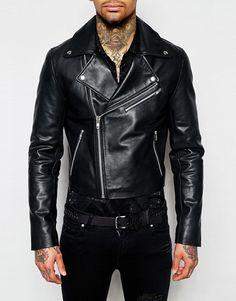 ASOS | Chaqueta biker corta de cuero en negro de ASOS