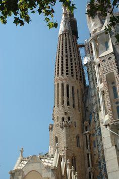 La Sagrada Familia, imaginée par Gaudi - Barcelone.