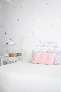 I just read a study about the Spanish dream and I& still with the b . Girl Room, Girls Bedroom, Bedroom Decor, Bedrooms, Teenage Room, New Room, Home Decor Inspiration, Bed Pillows, Family Room