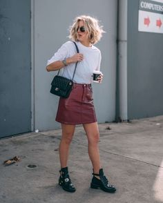 As you know, I'm into minimal, basic looks. Yet sometimes I like to spice things up with something different! Today it's this red leather look skirt! What I'm wearing: GLASSONS skirt GLASSONS t-shirt BALENCIAGA boots CHANEL bag KAPTEN & SON shades JavaScript is currently disabled in this browser. Reactivate it to view this content.