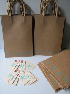 http://www.etsy.com/listing/74110242/destination-wedding-welcome-bags?registry_attr=decor Kiwi tini creations