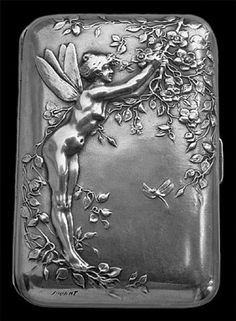 Art Nouveau silver case by Jules Jouant (French), Titled the Midsummer Night's Dream case: 'Fairy Sprite hop as light as bird from briar' Art Deco, Art Nouveau Design, Vintage Silver, Antique Silver, Vintage Jewelry, Vintage Cigarette Case, Cigarette Box, Jugendstil Design, Midsummer Nights Dream