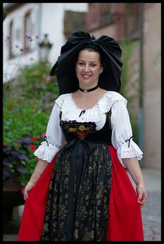 costume traditionnel alsacien