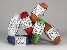 Cartier has complemented hours with cheerful thongs Latest Women Watches, Cartier Watches Women, Women's Watches, Girl Watches, Ladies Watches, Citizen Dive Watch, Cartier Tank Solo, Hermes Watch, Gifs