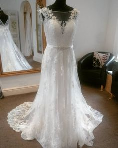 A Line Sheer Scoop Neckline Lace Wedding Dresses Backless Bridal Gowns 2016 Sexy