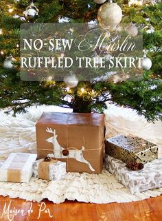 How to make a no sew ruffled muslin tree skirt.  Don't miss this easy, gorgeous, and inexpensive tree skirt tutorial via maisondepax.com