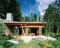 guest house by cutler anderson architects and bcj: Bill Gates