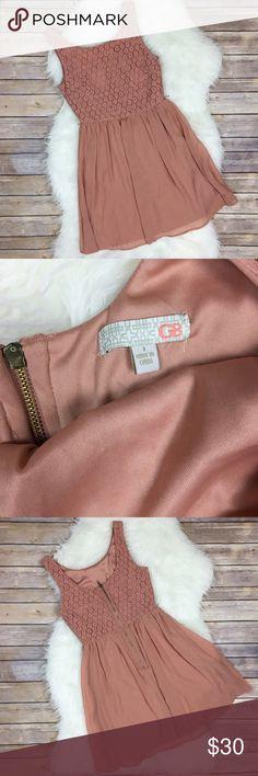 "Gianni Bini Dress Gianni Bini Dress. Size 1 GUC missing belt  75%cotton 5% Nylon lining:100% Polyester. Perfect dress for any occasion.  Approximate measurements laying flat: Bust-14.5"" Length-31"" Gianni Bini Dresses Mini"