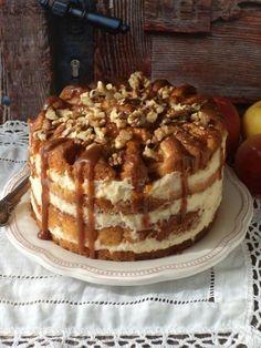 Almás-krémes torta recept - Kifőztük, online gasztromagazin Cold Desserts, Apple Desserts, Cookie Desserts, Vegan Desserts, Cookie Recipes, Delicious Desserts, Hungarian Desserts, Hungarian Recipes, Cheescake Recipe