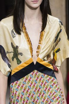 Vionnet at Milan Fashion Week Fall 2017 - Livingly
