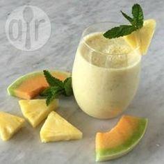 Vitamina de frutas com iogurte e chá verde @ allrecipes.com.br