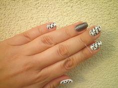 #notd #nailart #barkingblondie #bbloggers #nailstamping #naillacquer #blackandwhite