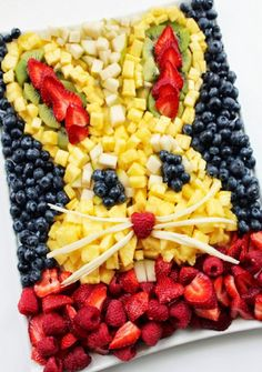 Bunny Head Fresh Fruit Platter - step-by-step, how to create this fun fresh fruit display. So much fun for a party.