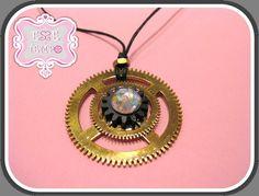 Collana ruote orologio-steampunk gear necklace di Esse e Tempo su DaWanda.com