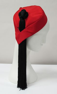 Cap | Charles James (1906-1978) | United States, late 1940's | Material: silk | The Metropolitan Museum of Art, New York