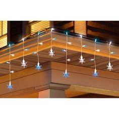 """Holiday Time 30-Count Color Change Snowflake and Icicle Christmas Lights, Blue/White"""