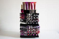 La vie en Lucie - Blog Beauté / Mode - Dijon: - Ma tour de rangement pour 146 rouges à lèvres !
