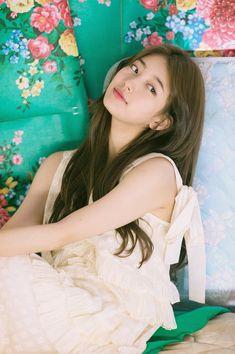 Bae suzy Suzy MissA Guess While you were sleeping Jung So Min, Korean Beauty, Asian Beauty, Geisha, Miss A Suzy, Cute Korean Girl, Idole, Bae Suzy, Foto Pose