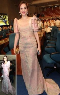 Lucy Torres-Gomez, Congresswoman of the district ng Leyte, is wearing a soft-pink Randy Ortiz terno at the 2012 SONA. This looks similar to the terno she wore at the last SONA (inset). Modern Filipiniana Gown, Filipiniana Wedding Theme, Philippines Dress, Filipino Fashion, Gowns Of Elegance, Mothers Dresses, Groom Dress, Traditional Dresses, Dress Collection