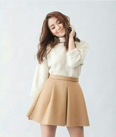 She is soo my idol Daniel Padilla, Kathryn Bernardo Outfits, Kathryn Bernardo Photoshoot, Kathryn Bernardo Debut, Casual Outfits, Fashion Outfits, Womens Fashion, Modest Fashion, Debut Photoshoot