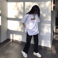 Apr 2020 - Source of zayanyaz T-Shirts Tomboy Outfits Baby Oversize shirt soldrelax Source Tshirts white zayanyaz Tomboy Fashion, Look Fashion, Fasion, Streetwear Fashion, Korean Fashion, Girl Streetwear, 90s Fashion, Babies Fashion, Streetwear Clothing