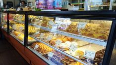 Top 10 Things to Do on Oahu : Hawaii Pastries in Liliha Bakery. Locals' List: Best Places to Eat on Oahu Hawaii Vacation Tips, Hawaii Travel, Vacation Destinations, Vacation Ideas, Vacations, Aloha Hawaii, Honolulu Hawaii, Visit Hawaii, Hawaii Life