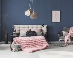 This cozy #bedroom makes you dream like a princess!  #bedroomdecor #bedroominspo #birthprint #scandi #studionatal