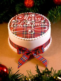 Royal Stewart Tartan Merry Christmas Cake by Sucre Coeur - Eats & Ink, via Flickr