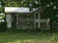 Abandoned house in Virginia, Franklin County at Smith Mountain Lake.